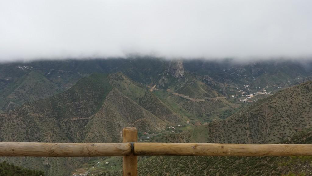 Sjunkande moln över Vallehermoso